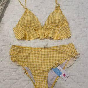 Yellow and white bikini!